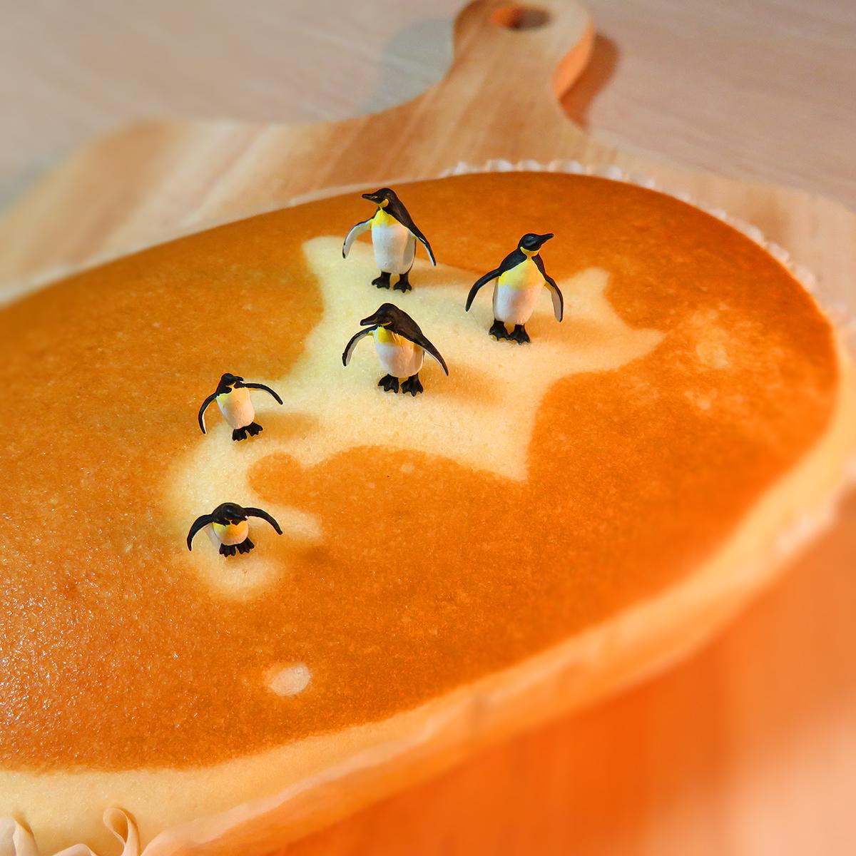 6月4日は蒸しパンの日!北海道チーズ蒸しケーキに生息する北海道ペンギン