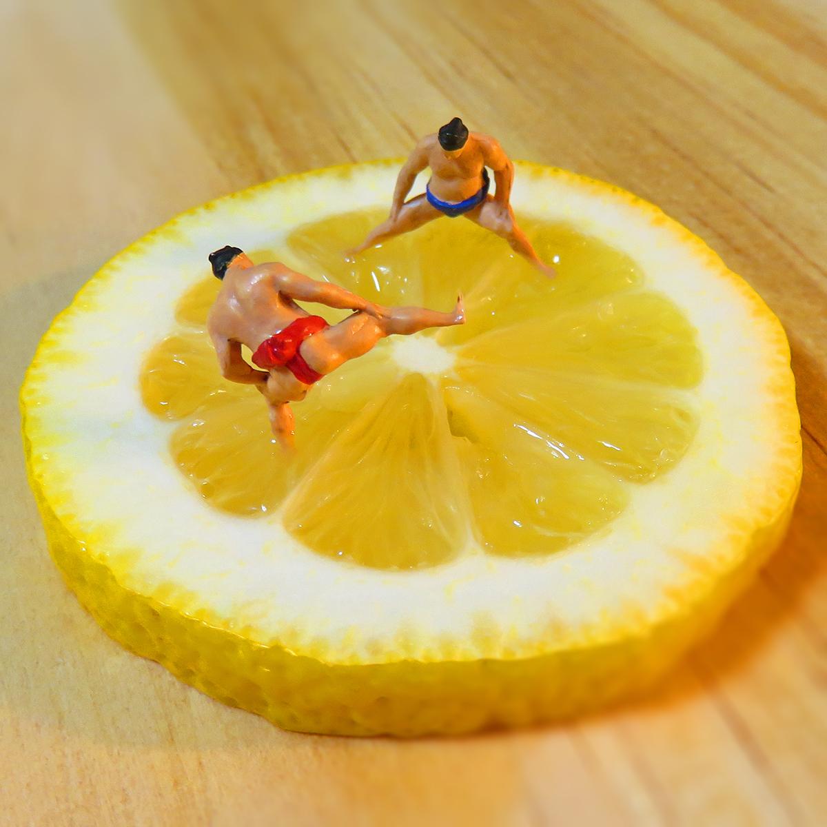 10月5日はレモンの日!レモン土俵で稽古するお相撲さん