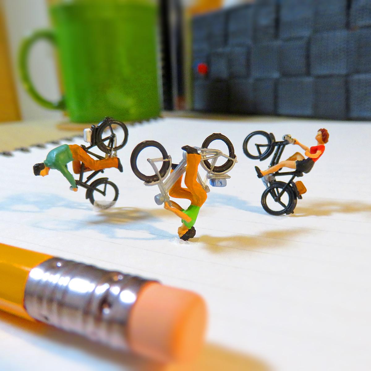 自転車を派手に乗り回す最強BMX集団